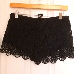 H&M Crochet Black Shorts